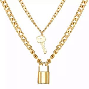 Trendy Lock and Key Layered Necklace - Gold